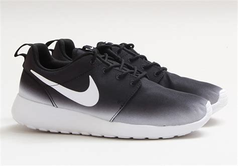 nike wmns roshe run gradient black white sneakers madame