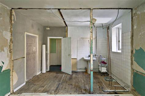 Cuisine Ouverte Sur Salon 30m2 3000 by R 233 Novation Salle De Bain Relooking Salle De Bain Maison