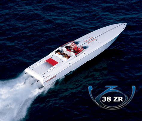 cigarette boat vs donzi 38zr vs cigarette 36 gladiator offshoreonly