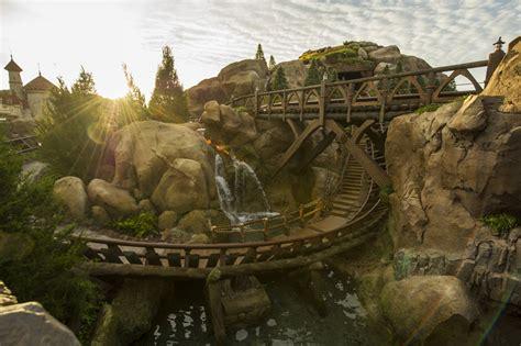 disney new fantasyland seven dwarfs mine concept time lapse seven dwarfs mine rises from new