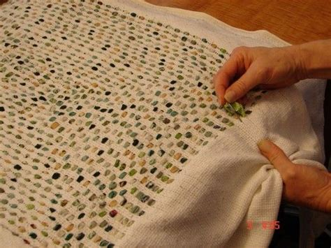 how to make a shaggy rag rug how to make quot shag quot rag rugs rug patterns rag rugs and