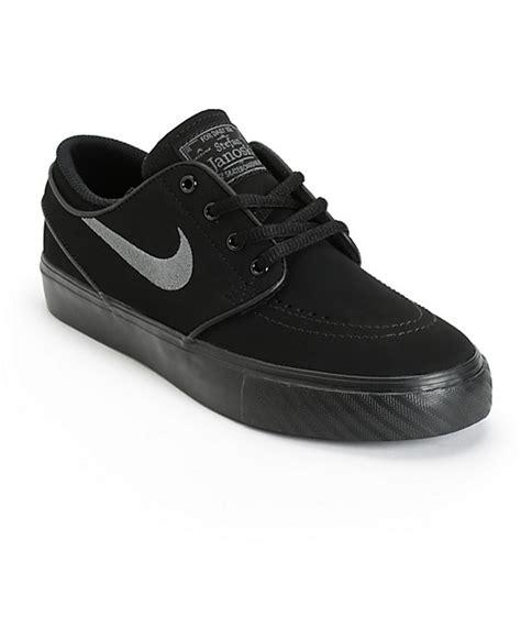 nike sb stefan janoski black anthracite boys skate shoes