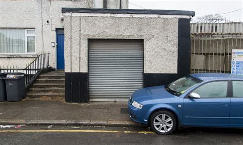 Car Garages In Hull by 3 9m Home Owners Converted Their Garage Into Living Space