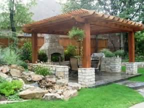 small backyard pergola wie kann man eine pergola selbst bauen anleitung und fotos