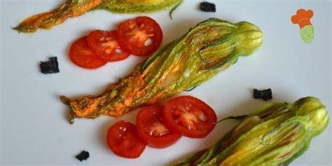 fiori zucca ripieni forno fiori di zucca ripieni ricetta vegetariana al forno