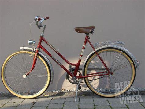 fahrräder platzsparend aufbewahren sch 246 nes oma rad 26 zoll neue gebrauchte fahrr 228 der