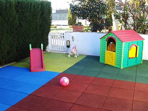 recycled rubber playground tile safety rubber flooring