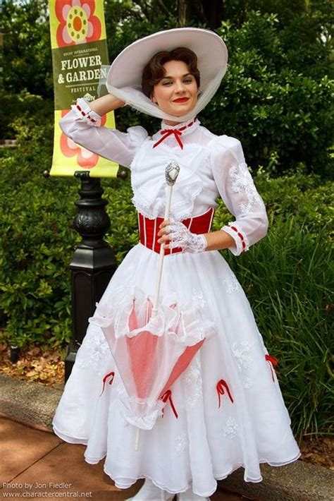 mary poppins costume i saw best 25 mary poppins costume ideas on pinterest mary