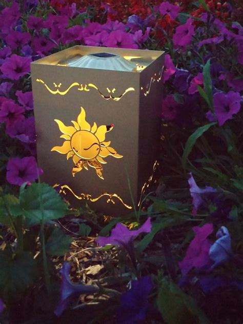 How To Make Paper Lanterns Like In Tangled - 25 best ideas about tangled lanterns on
