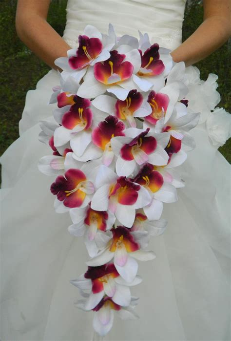25 best ideas about orchid bouquet on white orchid bouquet orchid wedding bouquets