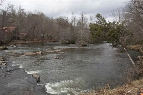 Hiwassee River Cabins by River View Picture Of Hiwassee River Cabins Murphy