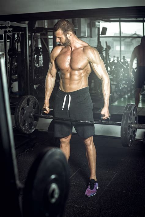 how much does the bar weigh on a bench press how much does a trap bar weigh deadlifting basics you