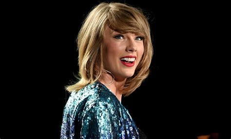 biography of taylor swift family taylor swift family parents siblings boyfriends bio