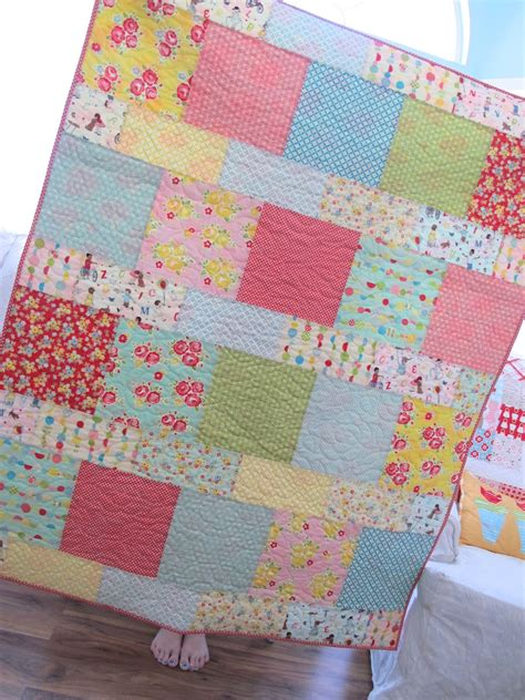 Quilt Pattern Cake by Bee In Bonnet Layer Cake Lemonade Quilt And A