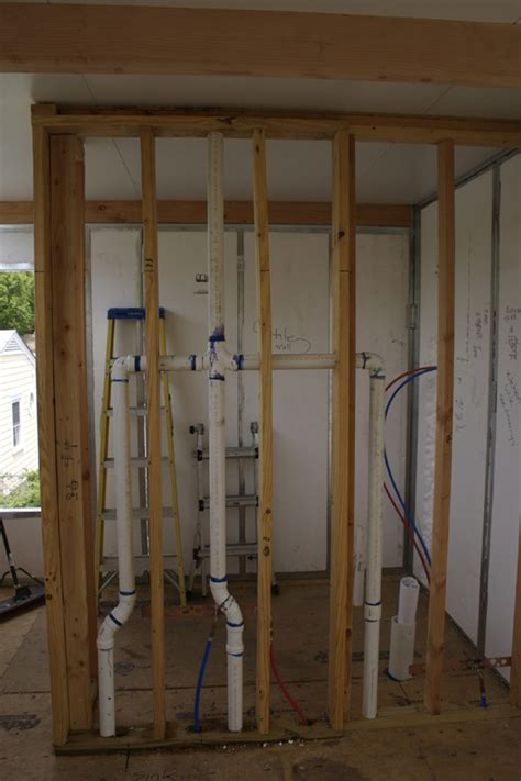 Wall Plumbing by Services Designstudiomodern