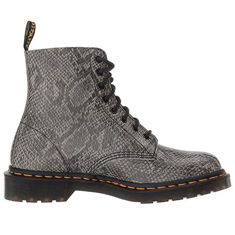 Sepatu Boot Air Wair dr doc martens womens pascal viper leather air wair boots