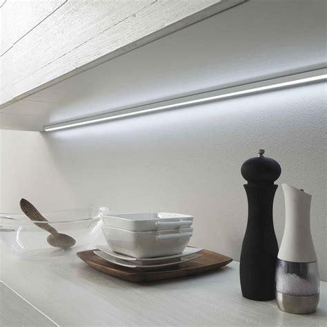 led per cucina scegliere led per mobili da cucina a mestre venezia