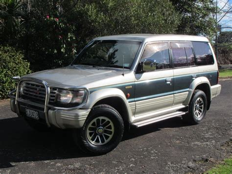 1992 Mitsubishi Pajero Exceed 1 Reserve Cash4cars