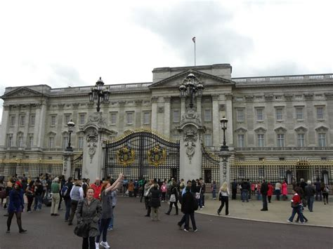 What Zone Is Covent Garden In - travels ballroom dancing amusement parks buckingham palace the official residence of the queen