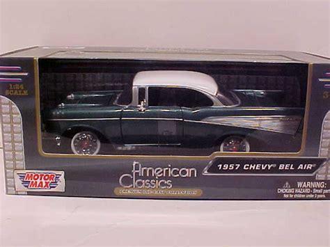 Motormax 1957 Chevy Bel Air Skala 124 Hijau world classic toys chevrolet chevy bel air diecast