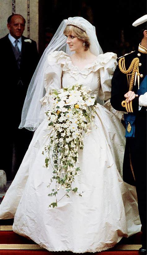 Iconic Wedding Dresses   CHWV