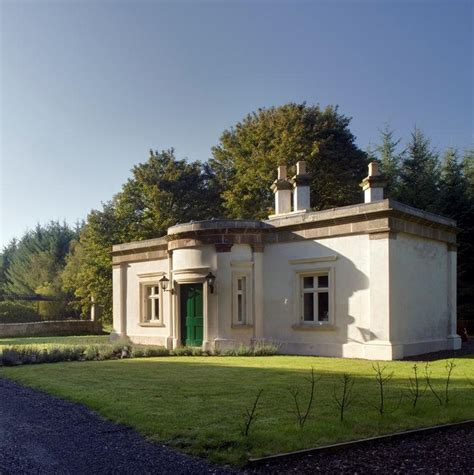 Triumphal Arch Gate Lodge Self Catering Cottages Ireland