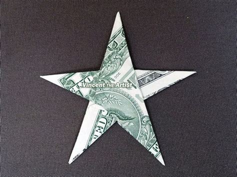 Folding Paper Money Into Shapes - p蝎es 25 nejlep蝪 237 ch n 225 pad蟇 na t 233 ma money origami na