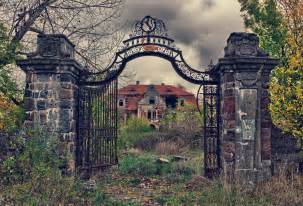 abandoned places around the world 30 eerie abandoned places from around the world 5 is so creepy