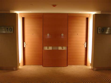 Door Inn by Myloft