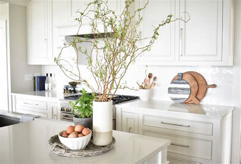 kitchen island decor nantucket inspired white kitchen design home bunch