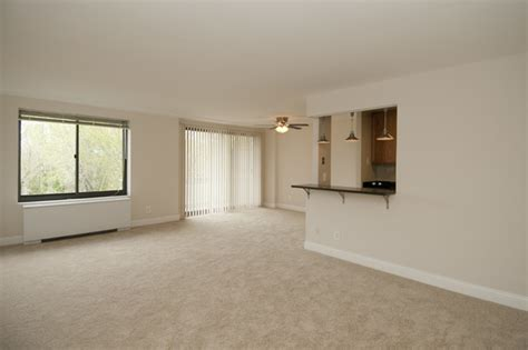 2 Bedroom 1 Bath Apartments plaza towers apartments hyattsville md apartment finder