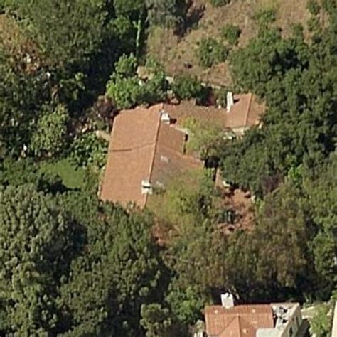 carrie fisher s home carrie fisher s house in beverly hills ca google maps