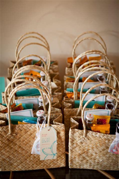diy hawaii destination wedding welcome bags afterglobe - Diy Wedding Welcome Gift Bags
