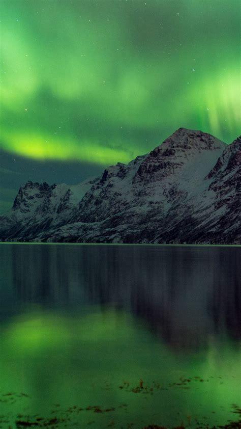 wallpaper aurora borealis   wallpaper abisko sweden tourism travel green lake
