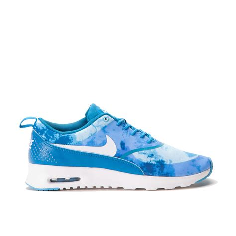 light blue nike nike wmns air max thea print light blue lacquer white
