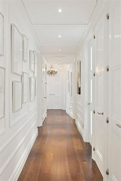 decor ideas   narrow hallways  bigger mike