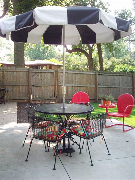 Umbrellas For Patio Furniture Garden Enchanting Outdoor Patio Decor Ideas With Umbrellas