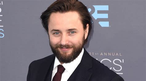 how is vincent mad s vincent kartheiser boards hulu comedy casual