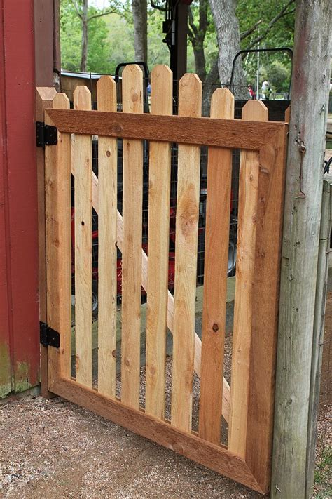 Garden Fence Gate Ideas Best 25 Garden Gates Ideas On Garden Gate Yard Gates And Gates