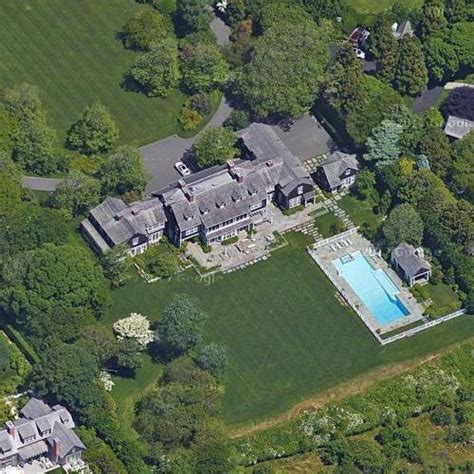 jerry seinfeld house jerry seinfeld s house in east hton ny virtual globetrotting