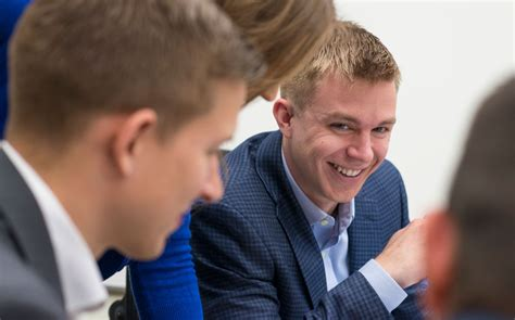 Carlson Mba Office by 4 Veterans Transition From Carlson Mba Program To