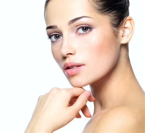 Eyeliner Caring skincare and makeup bellatorra skin care