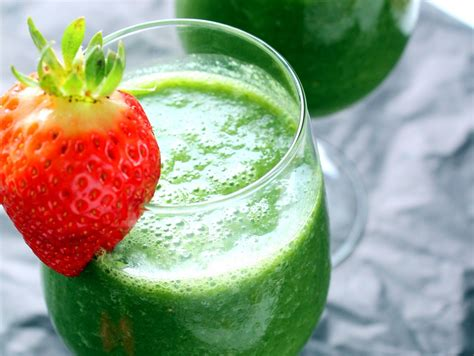 Best Kale Detox Smoothie by Vegan Detox Green Smoothie With Kale Strawberry