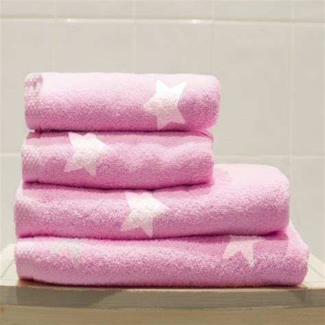 pink bathroom towels pink bath towel www imgkid com the image kid has it