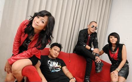 kotak band mp download lagu kotak masih cinta mp3