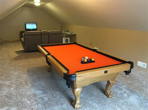 looking to customize your pool table with new cloth