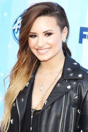 zodiac signs as demi lovato songs demi lovato favorite color movie book food hobbies biography