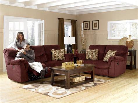 colour scheme for burgundy sofa color to match burgondy burgundy sofa shop