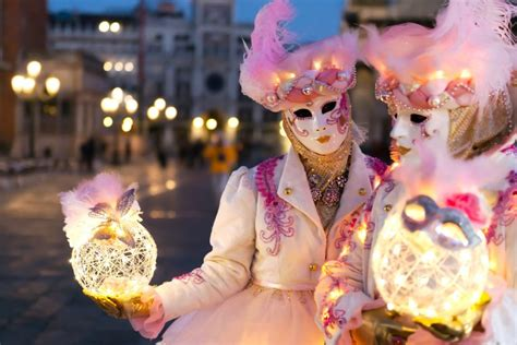 wann beginnt karneval fasching