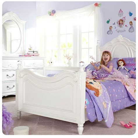 princess sofia bedroom 17 best images about a bedroom made for a princess on
